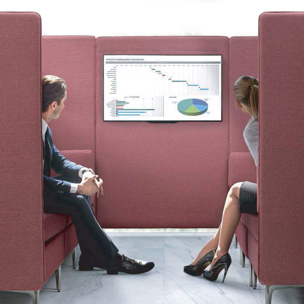 Retrax Meeting Pod